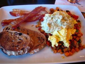 kouzzina_breakfast